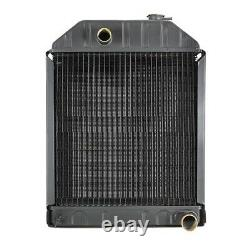 C7NN8005E Tractor Fits Ford / Fits New Holland Radiator with Cap 5000, 5100, 5600