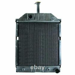 Radiator Compatible with Ford 455 550 555 655 83925458